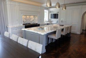 Whirley Kitchen3 400x271